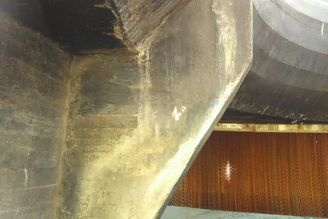 Nedves hűtőtorony felújítási munka